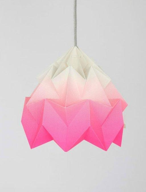 Taller lámpara de origami
